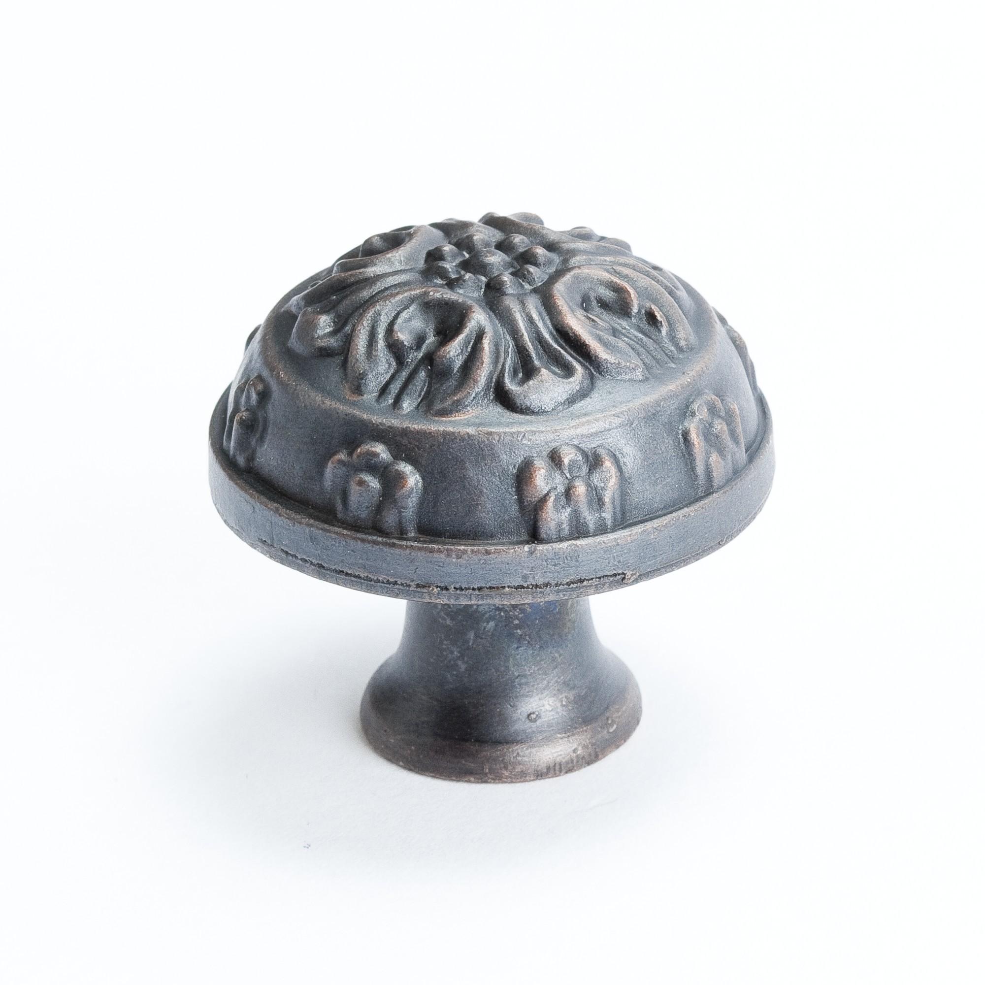 """Oak Leaf Knob (Verona Bronze) - 1 1/4"""""""