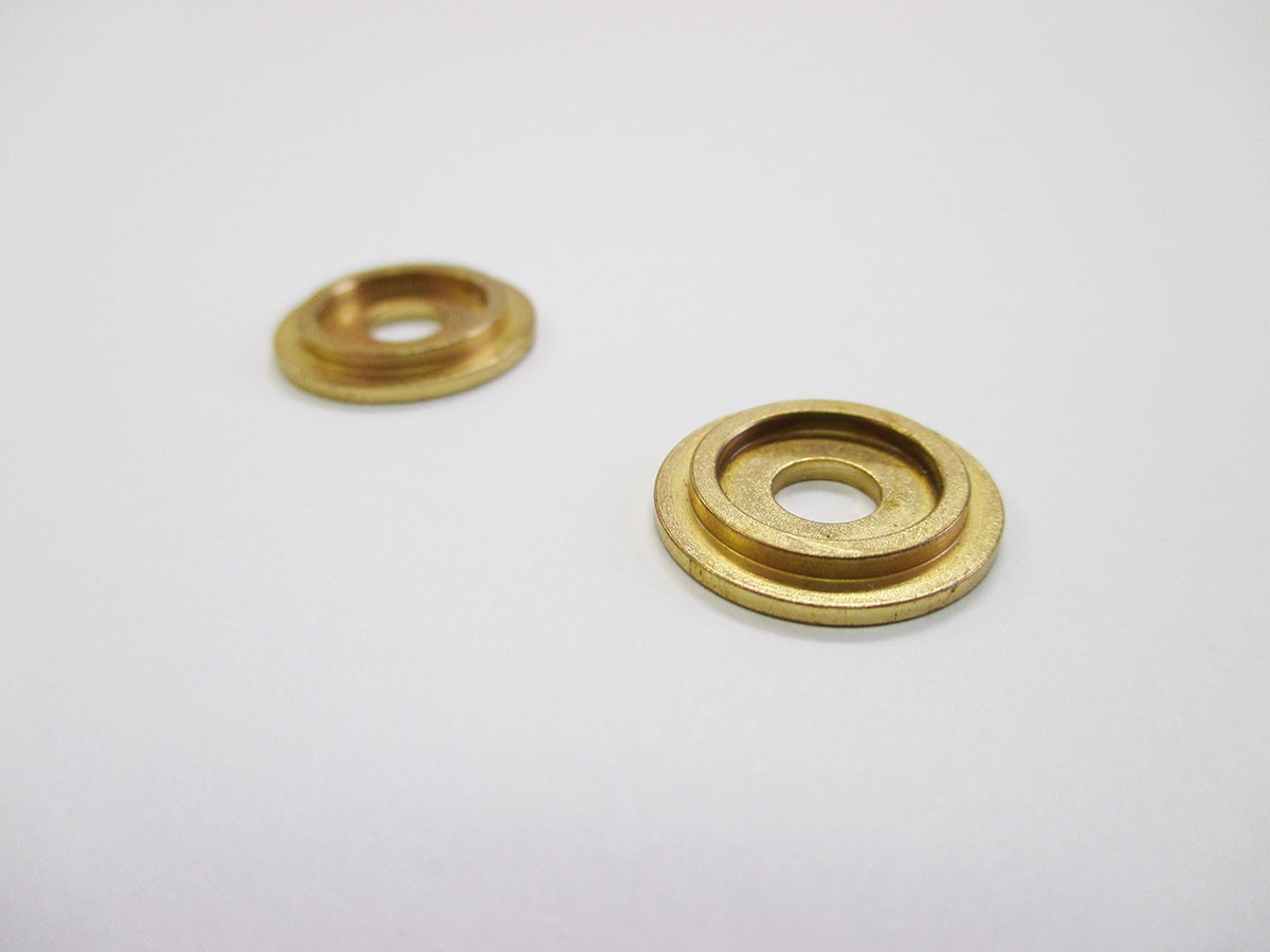 Backplate (Polished Brass) - 5/8""