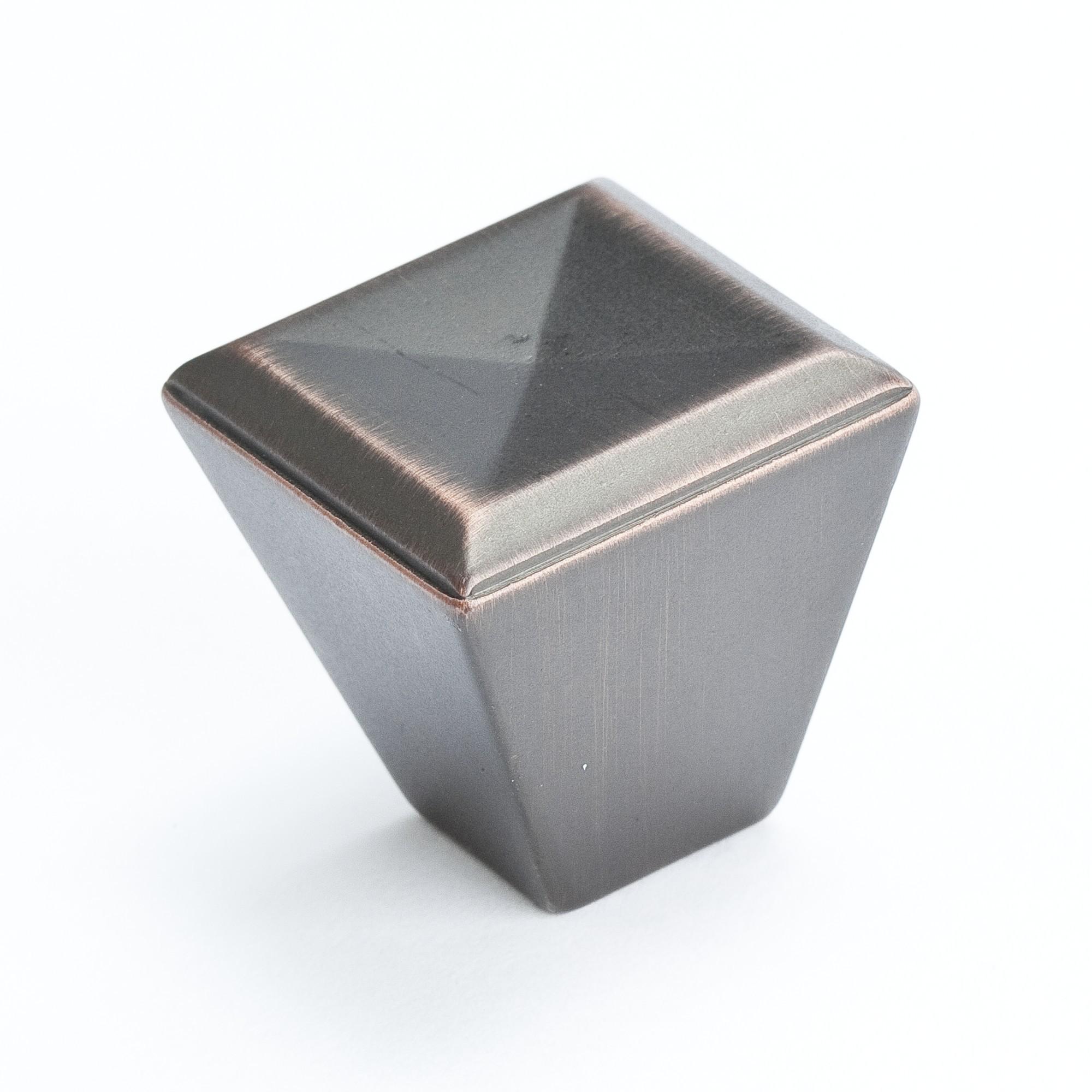 """Knob (Verona Bronze) - 1 1/8"""""""